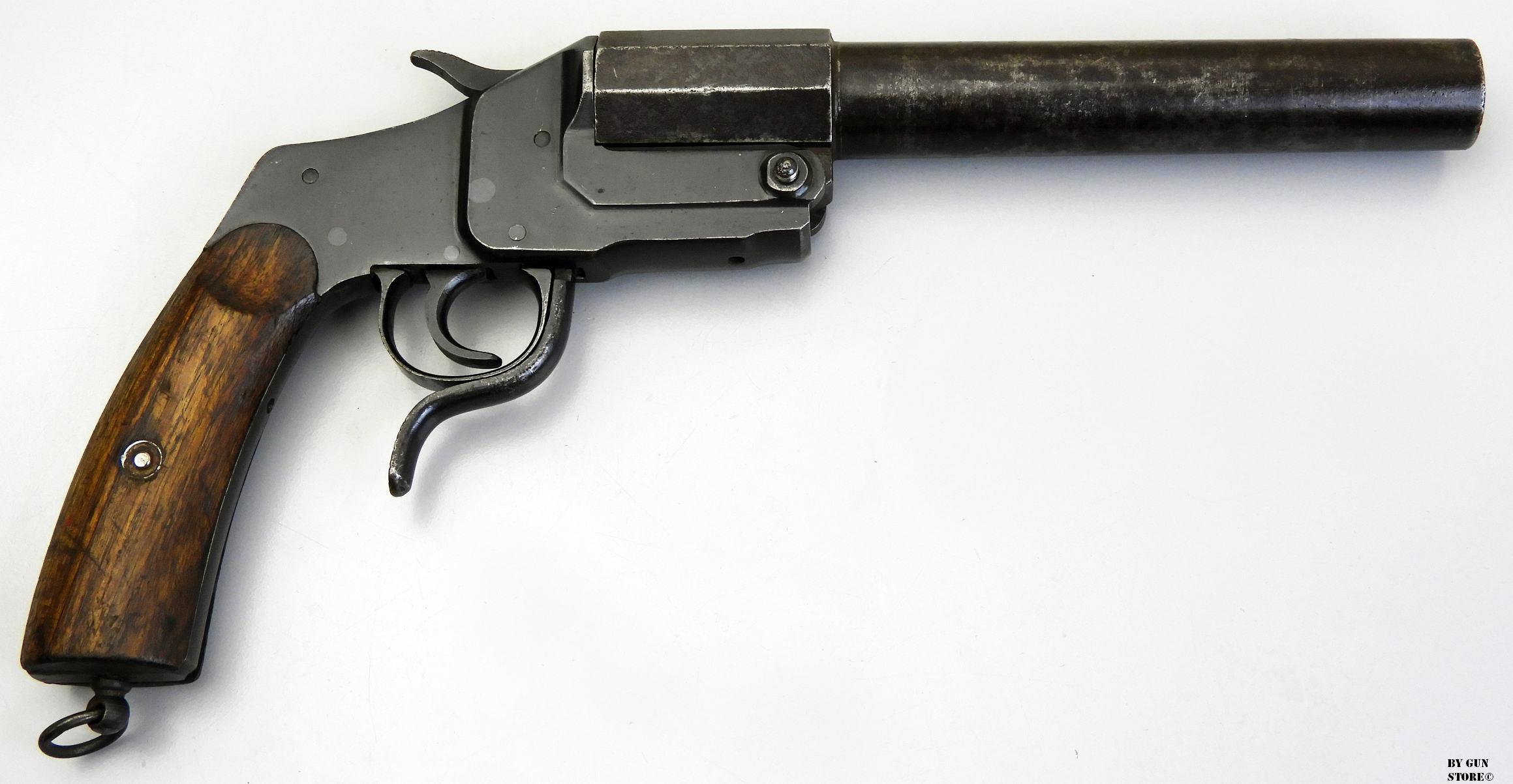 """Gun Store Bunker, """"EGO SUM BELLUM"""", Pistola Lanciarazzi ..."""