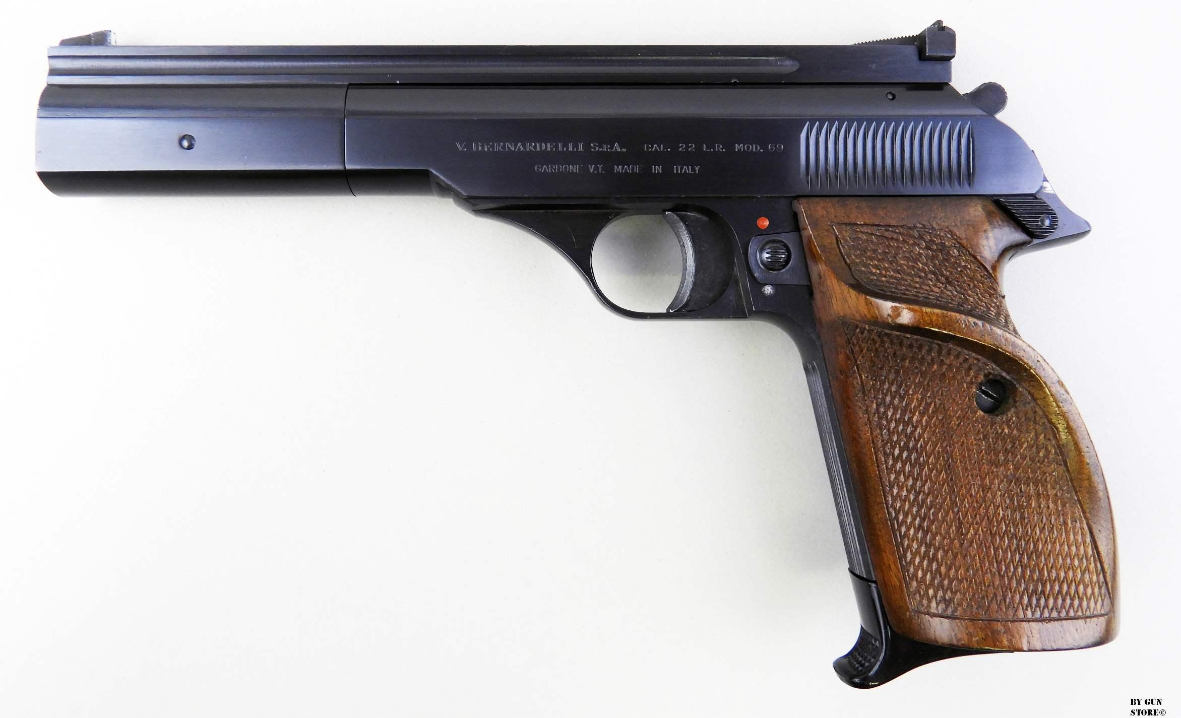 """Gun Store Bunker, """"EGO SUM BELLUM"""", Pistola Bernardelli"""